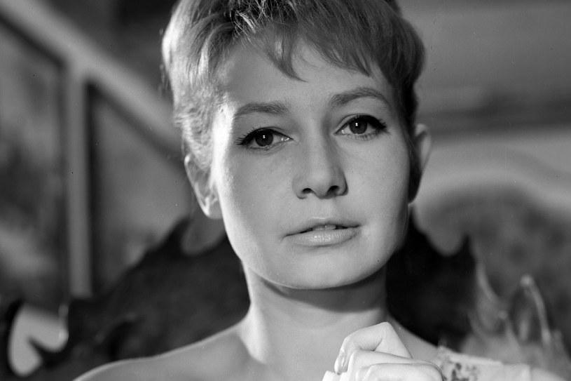 """Mogła zagrać wszystko - tak uważała Stanisław Bareja. Zagrała w jego filmie """"Żona dla Australijczyka"""" /East News"""