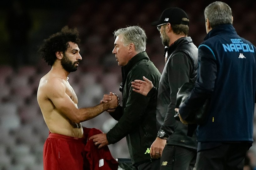 Mohamed Salah (z lewej) nie zagroził drużynie Carla Ancelottiego /AFP