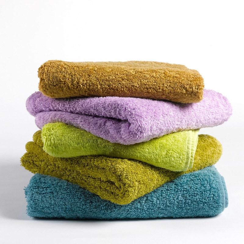mokre ręczniki /© Photogenica
