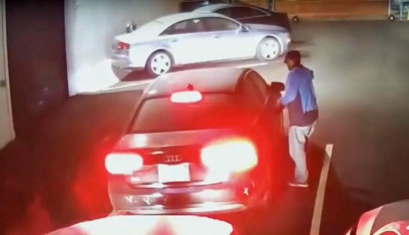 Moment kradzieży jednego z aut /