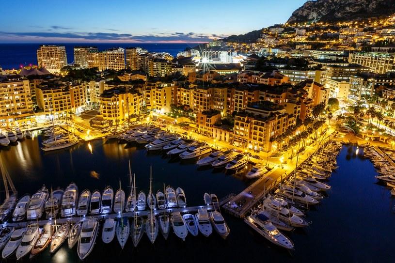 Monako nocą robi wrażenie. Spójrzcie tylko na te widoki! /123RF/PICSEL