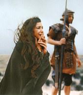 Monica Bellucci w Pasji, reż. Mel Gibson, 2004 /Encyklopedia Internautica