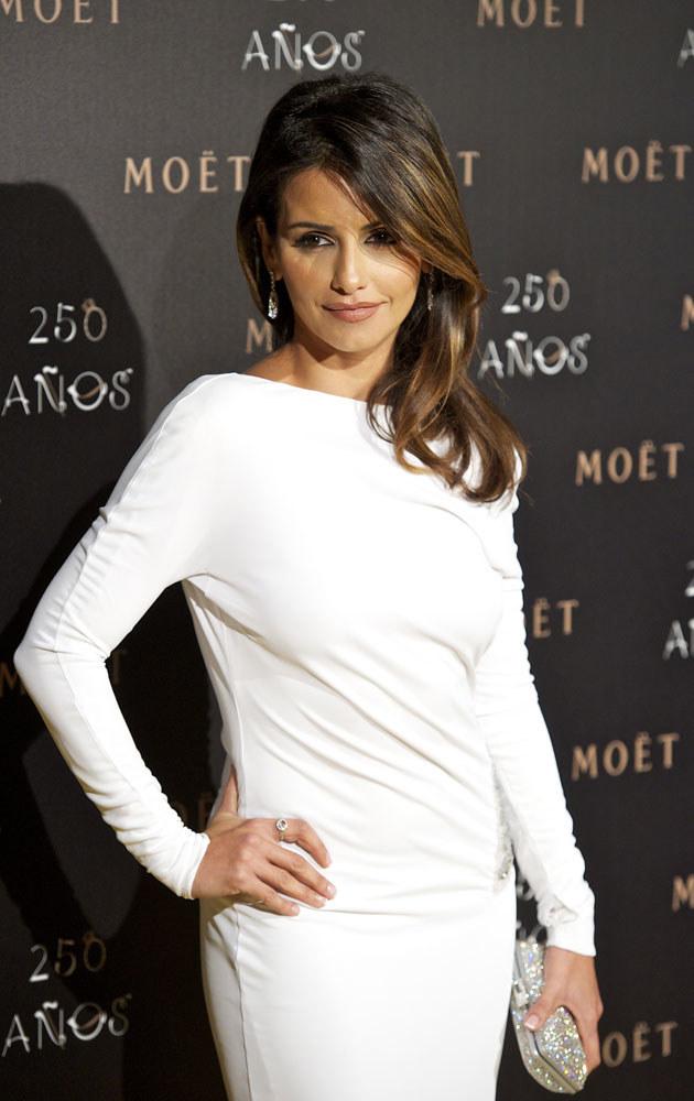 Monica Cruz przez wielu uważana jest za jeszcze piękniejszą od swojej siostry Penelope /Carlos Alvarez /Getty Images