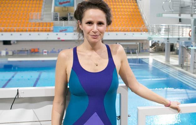 """Monika Mrozowska podczas treningów do programu """"Celebrity Splash""""! /AKPA"""