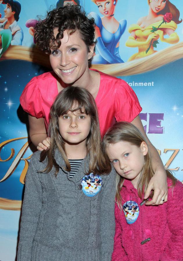 Monika Mrozowska z córką Karoliną (po lewej) /Paweł Wrzecion /MWMedia
