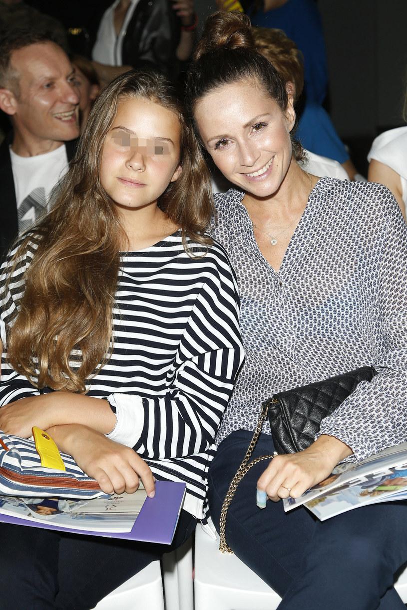 Monika Mrozowska z córką /Podlewski /AKPA