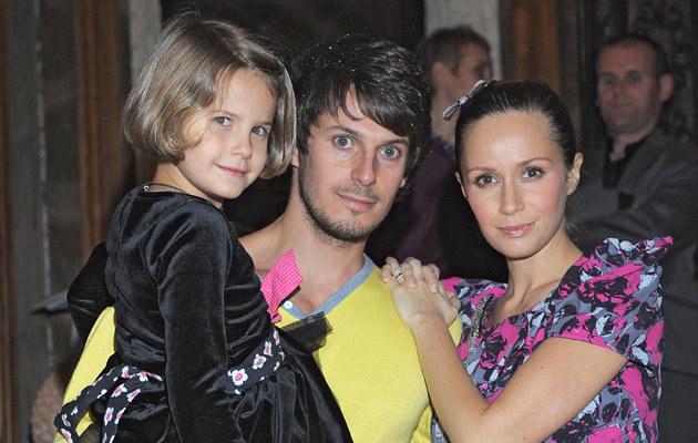 Monika Mrozowska z rodziną, fot.Andras Szilagyi  /MWMedia