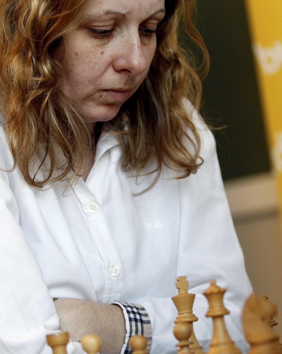 Monika Soćko podczas indywidualnych mistrzostwa Polski w Chorzowie w kwietniu 2013 roku /Andrzej Grygiel /PAP