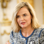 Monika Zamachowska apeluje do rządzących: Otwórzcie knajpy. Nie ma gdzie się kawy napić