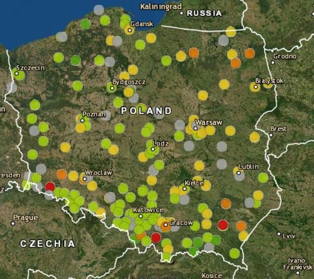 Monitoring jakości powietrza w Polsce. Dane z okresu 08:00-09:00 /powietrze.gios.gov.pl /