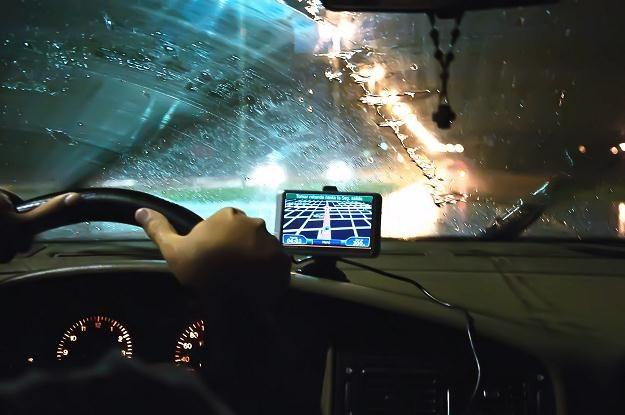 Monitorowanie aktywności pracowników jest możliwe poprzez użycie systemu GPS /123RF/PICSEL