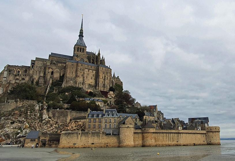 Mont Saint-Michel znane jest z największych przypływów w Europie i... omletów! /Agnieszka Łopatowska /Styl.pl