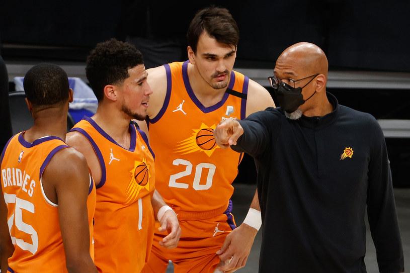 Monty Williams z zawodnikami Phoenix Suns /Christian Petersen /Getty Images