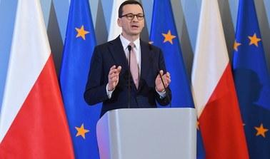 Morawiecki: Będziemy chcieli wyłączyć wewnątrzkrajowy ruch samolotowy
