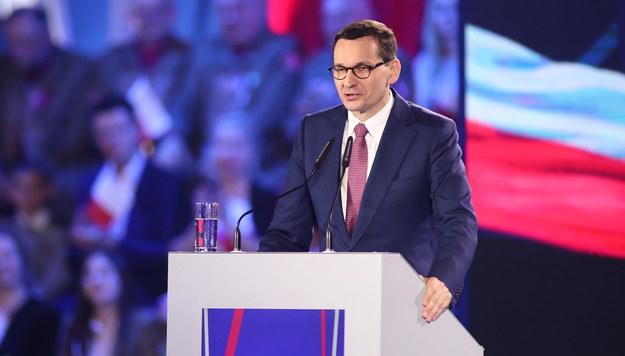 """Morawiecki obiecuje kolejny """"plus"""". Nowy dodatek trafi do niepełnosprawnych"""