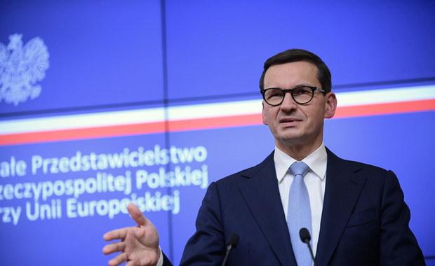 """Morawiecki ostrzega, że KE """"rozpocznie trzecią wojnę światową"""" wstrzymując fundusze dla Polski"""
