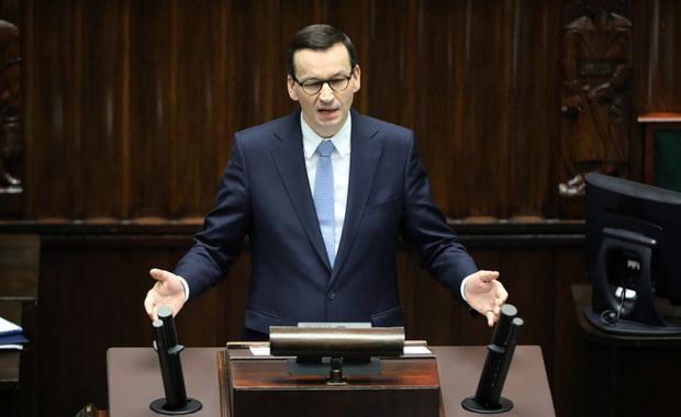 Morawiecki: Skierujemy co najmniej 100 mld zł do firm. To tarcza antykryzysowa bez precedensu