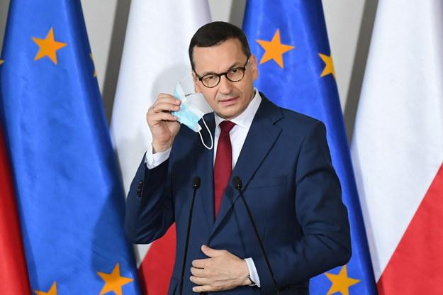 Morawiecki: Trzaskowski jest nieodrodnym dzieckiem marketingu politycznego Donalda Tuska / Adam Warżawa    /PAP