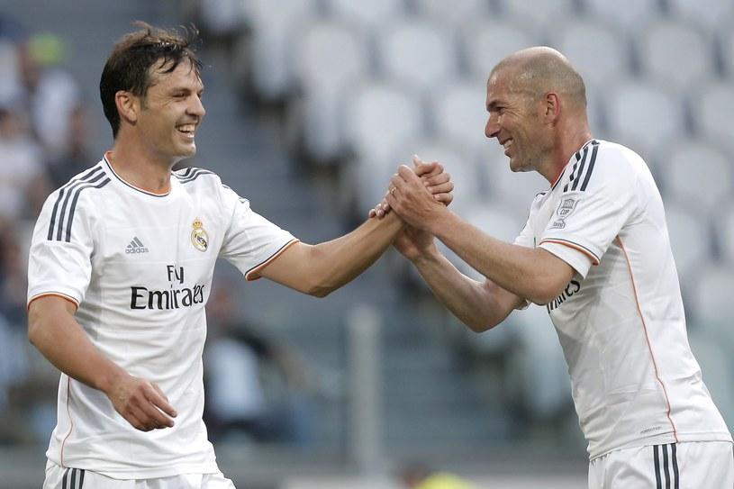 """Morientes (z lewej) rozegrał 182 ligowe mecze w barwach Realu, w których zdobył 72 gole. Na """"galaktyczny"""" Real był zbyt zwyczajny /AFP"""