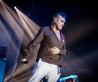 Morrissey w Krakowie: Guru wielkiej muzycznej sekty i martwe kurczaki (relacja z koncertu)