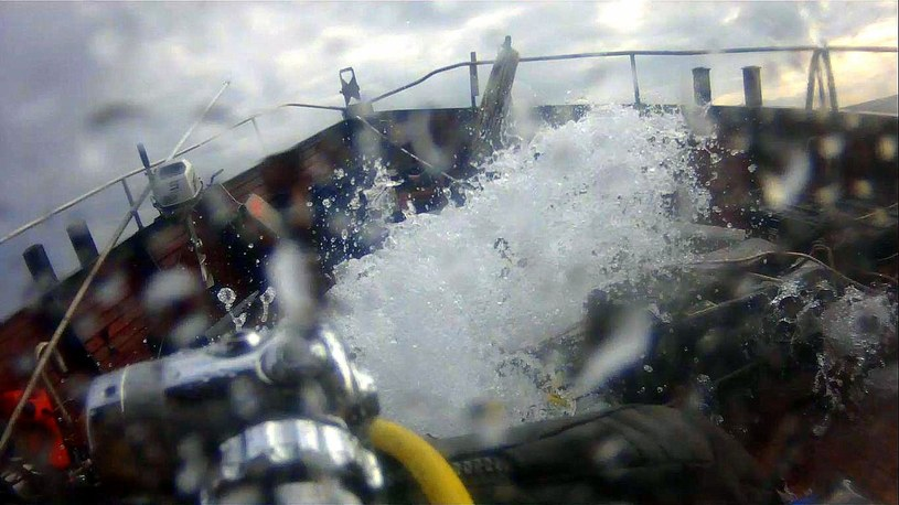 Morze było mocno wzburzone /Odkrywca