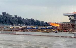 Moskwa: Pożar samolotu na lotnisku Szeremietiewo. 41 ofiar