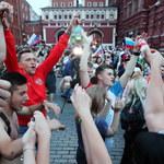 Moskwa świętuje! Szał radości po wygranej Rosji z Hiszpanią