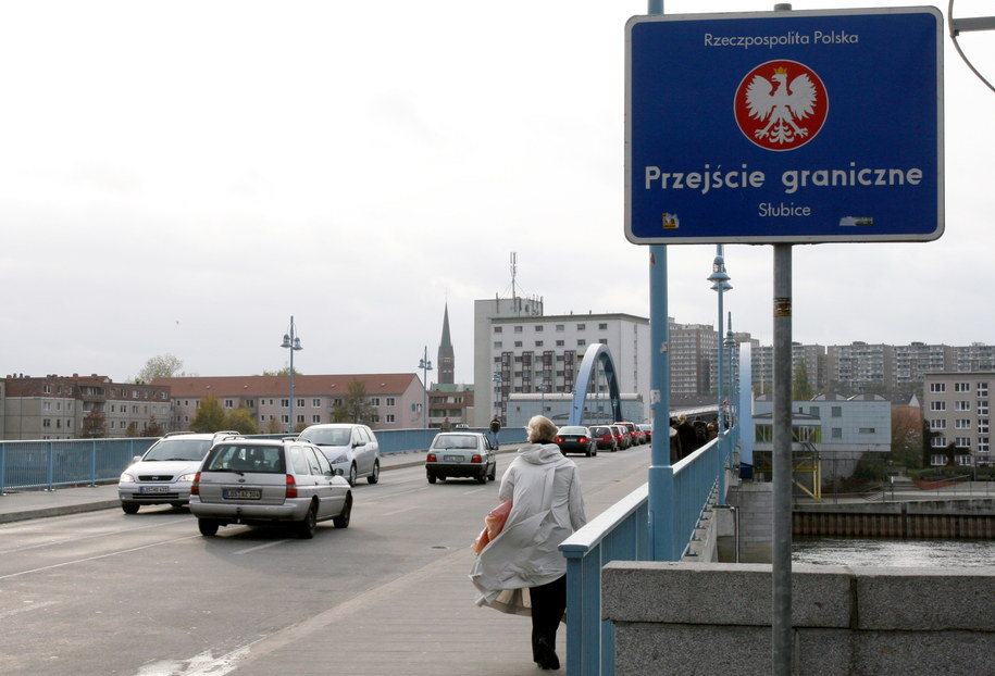 Most graniczny w Słubicach /Lech Muszyński /PAP