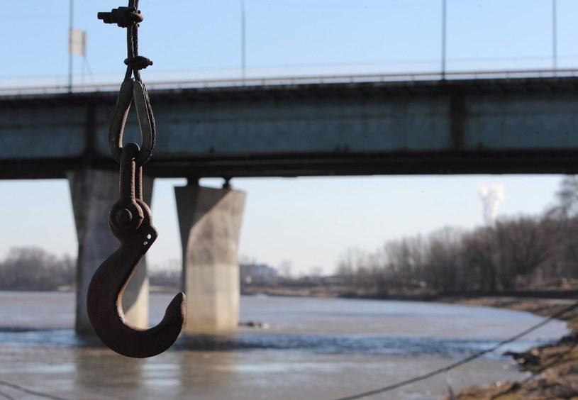Most Łazienkowski zamkniety po pożarze /STANISLAW KOWALCZUK /East News