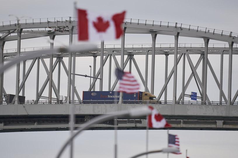 Most na granicy amerykańsko-kanadyjskiej /AFP