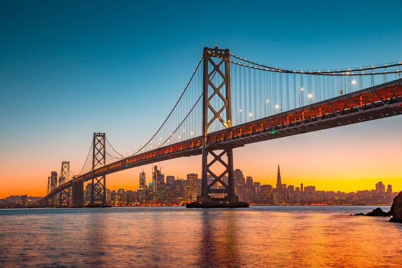 Most Oakland Bay Bridge łączący West Oakland z San Francisco /123RF/PICSEL