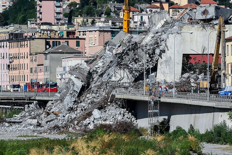 Most w Genui zawalił się 14 sierpnia /SIMONE ARVEDA /PAP/EPA