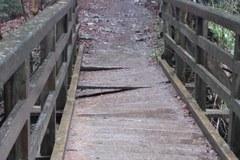 Mostek na szlaku w Tatrach grozi zawaleniem