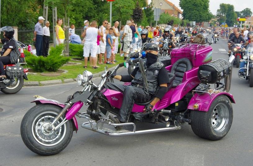 Motocykl trójkołowy, tzw. trajka /Marek Bazak /East News