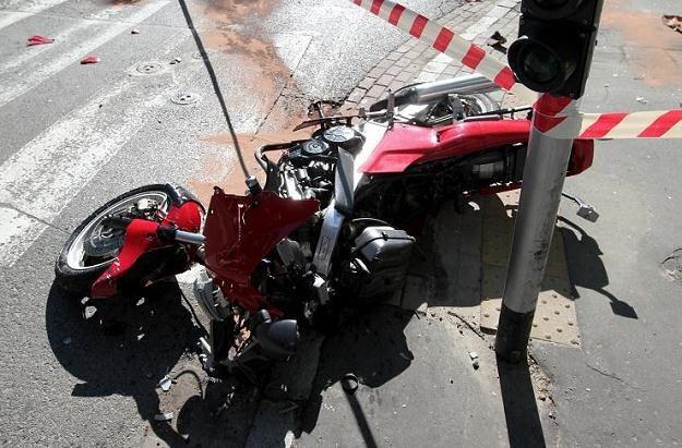 Motocykliści nie mają dużych szans na przeżycie wypadku /PAP