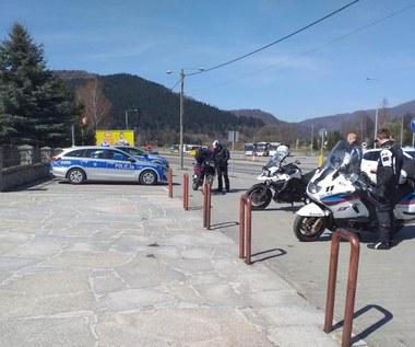 Motocykliści wybrali się na przejażdżkę. Skończyło się pościgiem