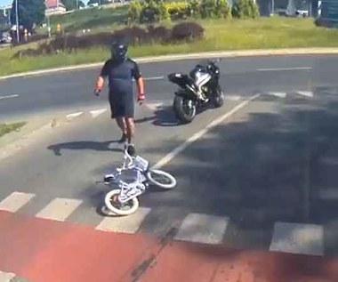 Motocyklista potrącił dziewczynkę. Matka szuka sprawcy