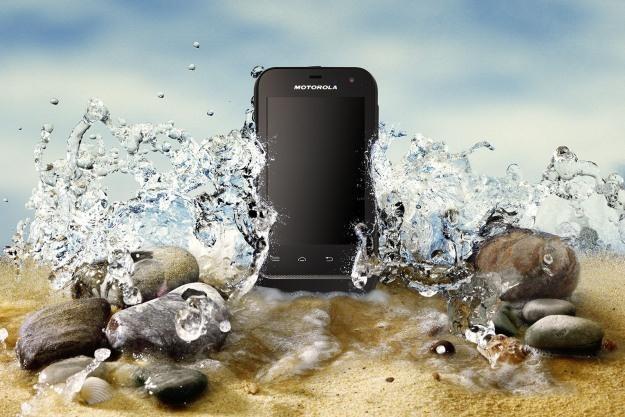 Motorola DEFY MINI to kolejny tani smartfon z Androidem /materiały prasowe