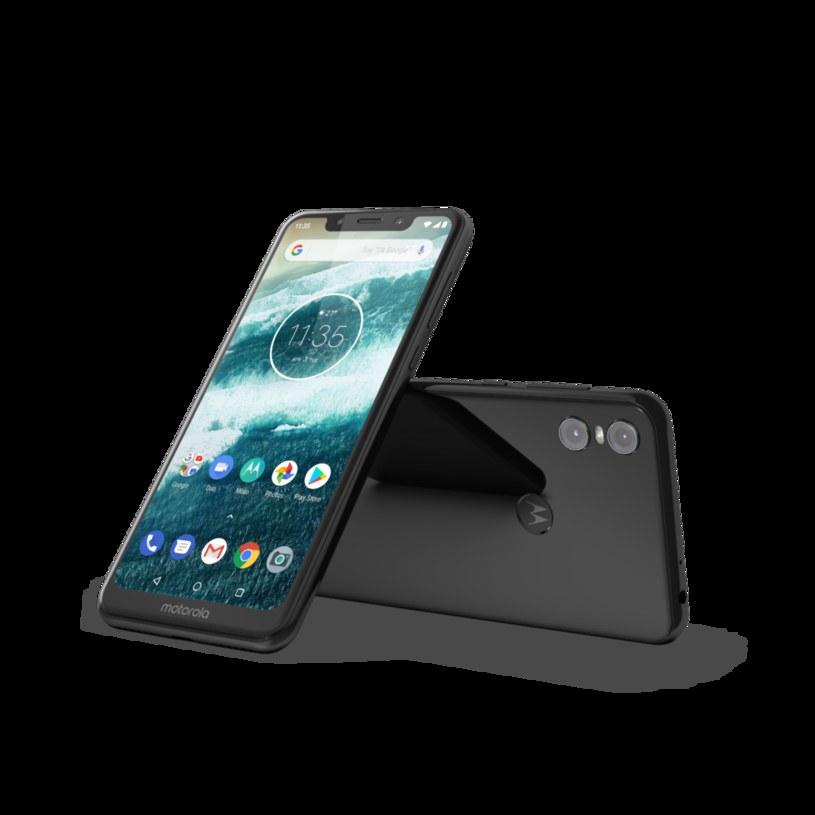 Motorola One /materiały prasowe