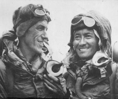 Mount Everest 1953. Prezent koronacyjny dla Elżbiety II