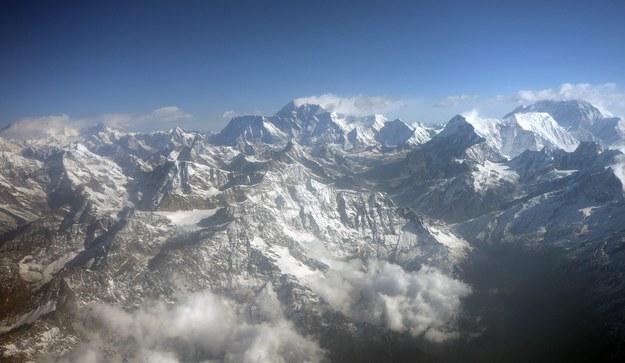 Mount Everest będzie łatwiejszy do zdobycia? /SABINA BHATTRAI /PAP/EPA