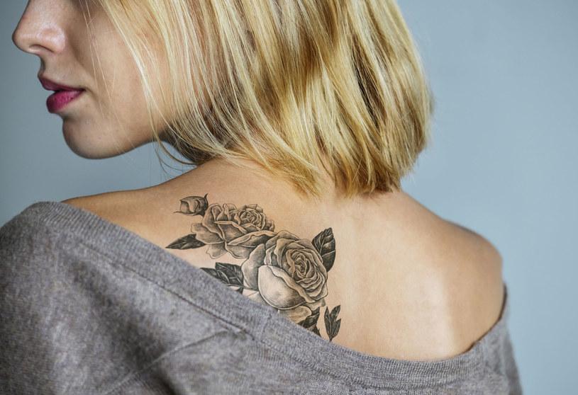 Mówimy jak przemywać tatuaż /123RF/PICSEL