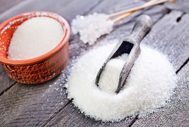 Może i ty słodzisz sfałszowanym cukrem? /©123RF/PICSEL
