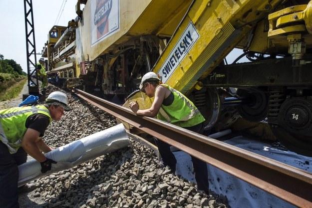 Może polskie koleje zmagają się z tym samym problemem? /AFP