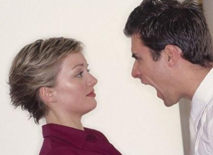 Możesz kontrolować i zmieniać swój sposób reagowania na uczucie złości /ThetaXstock
