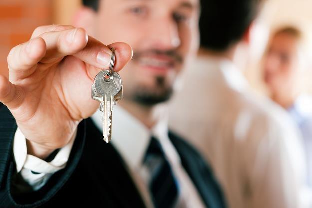 Możesz kupić mieszkanie, ale ile zarobisz na czysto? /©123RF/PICSEL