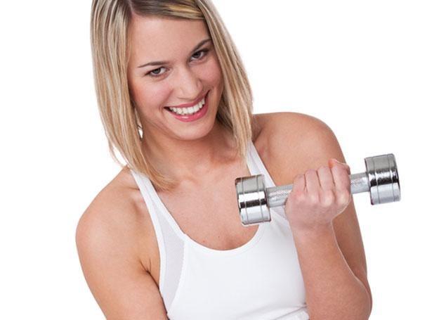 Możesz mieć szczuple ramiona, wystarczy odrobina wysiłku /© Panthermedia