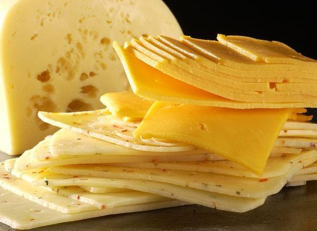 Możesz podawać dziecku żółty ser /© Panthermedia