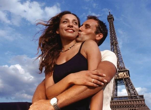 Możesz przeżyć wspaniały romans z Francuzem, ale nie wychodź za niego za mąż - radzi Stephen Clarke