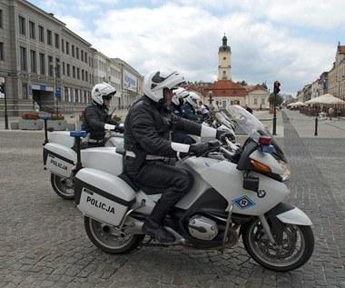 Możliwe tylko w Polsce. Głuchy policjant na motorze